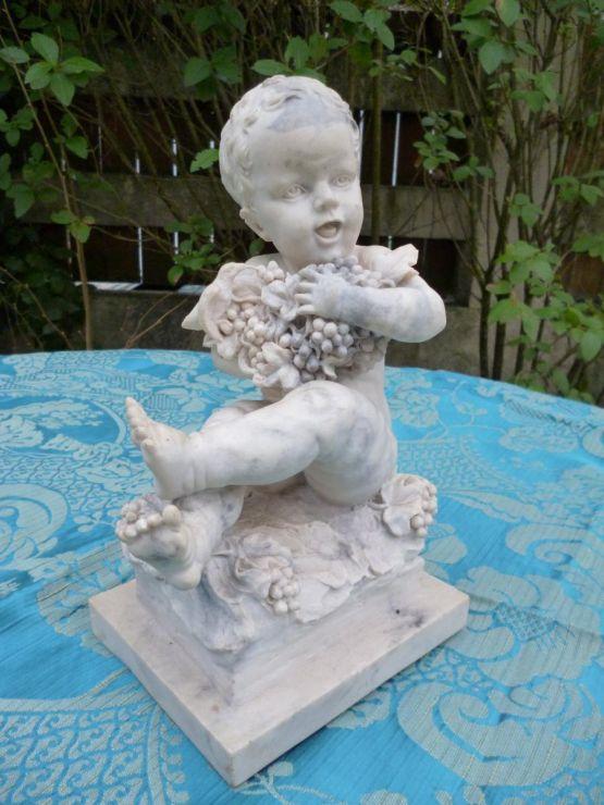 Скульптура ребенка, мрамор, XX в.