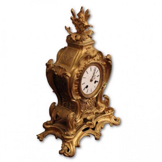 Часы из позолоченной бронзы. Франция, XIX в.