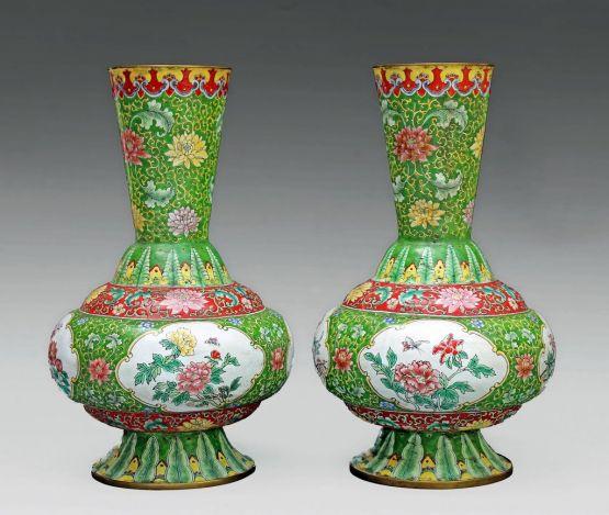 Две китайские вазы эпохи династии Цин, XIX в.