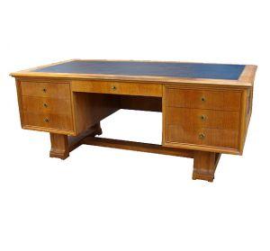 Большой письменный стол из дуба, 1940-1950 гг.
