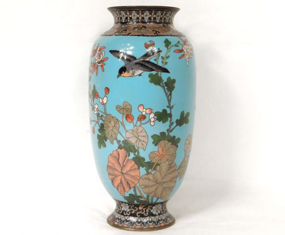 Голубая ваза, эмаль клуазоне, Япония, XIX в.