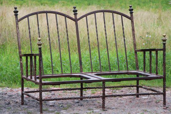 Скамейка-софа из кованого железа