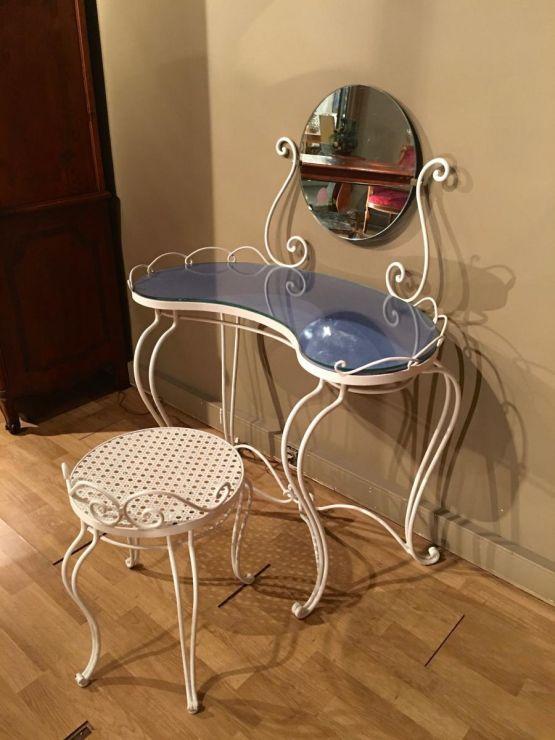 Туалетный столик и стул из кованого железа, XX в.