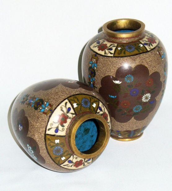 Две бронзовые вазы. Япония, конец XIX в.