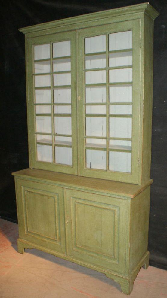 Окрашенный книжный шкаф, 1830 г