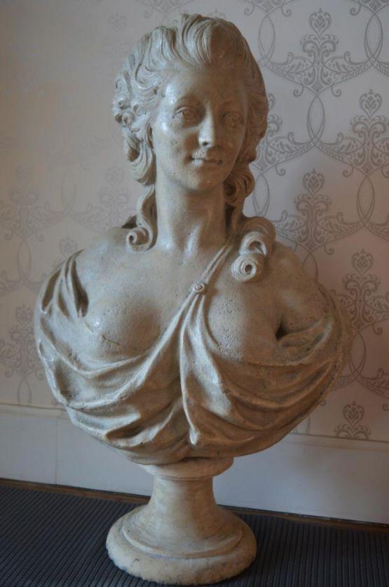 Бюст графини Дюбарри, XVIII в.