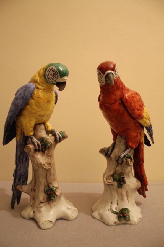 Две фарфоровые статуэтки попугаев. Германия, ХХ в.