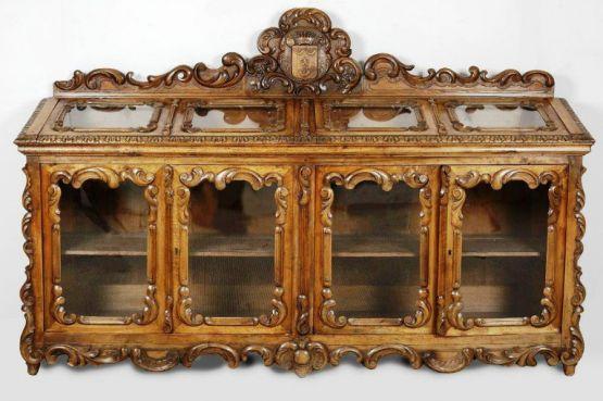 Книжный шкаф-витрина, XIX в.