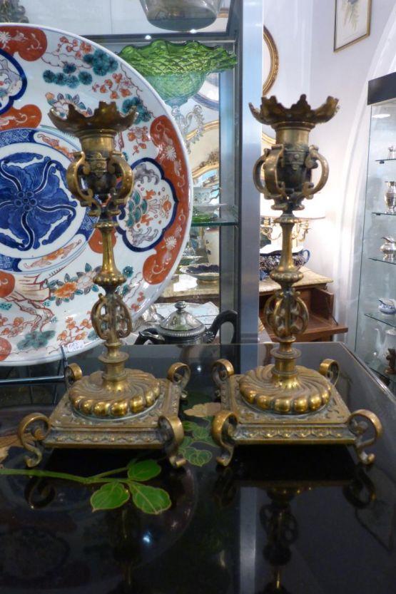 Два бронзовых подсвечника в стиле Наполеона III