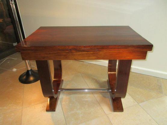 Небольшой стол из палисандра эпохи Ар-Деко, ХХ в.