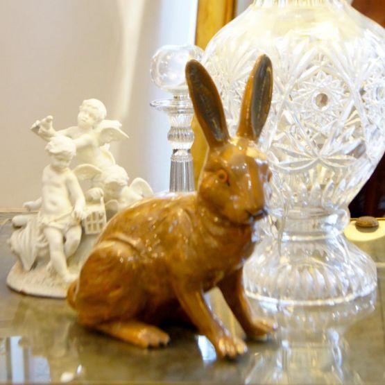 Скульптура кролика, керамика, н. XX в.