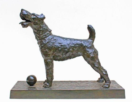 Бронзовая статуэтка собаки. Charles, XX в.