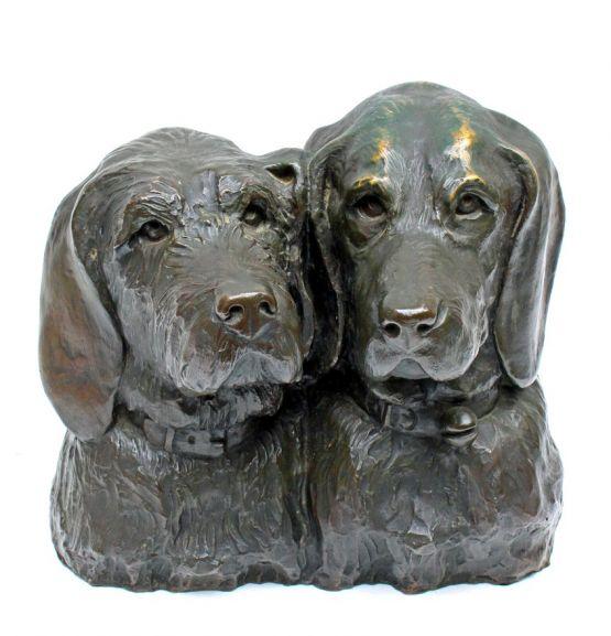 Бронзовая скульптура 'Собаки'. Gustave Molher, ХХ