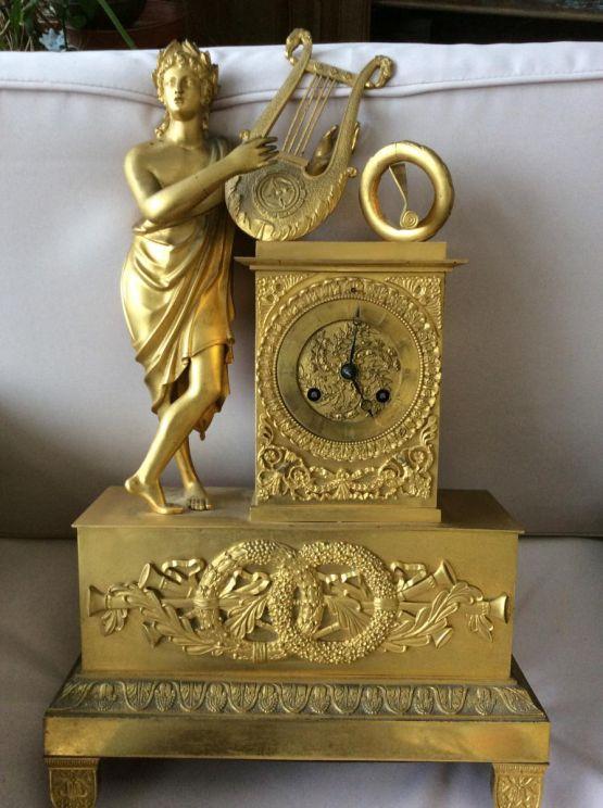 Часы 'Аполлон' из позолоченной бронзы, XIX в.