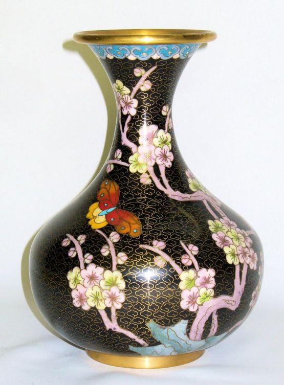 Ваза-бутон в стиле Ар-Нуво. Китай, конец XIX в.