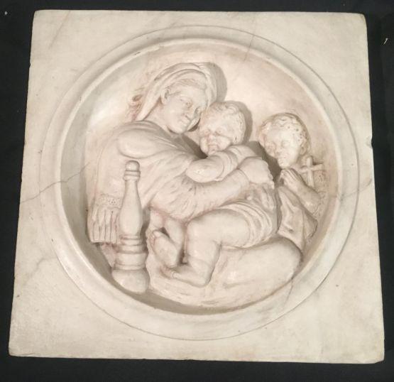 Мраморный рельеф 'Мадонна с младенцем', XIX в.
