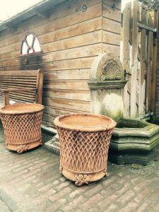Садовые корзины для цветов
