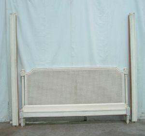 Кровать в стиле Людовика XVI