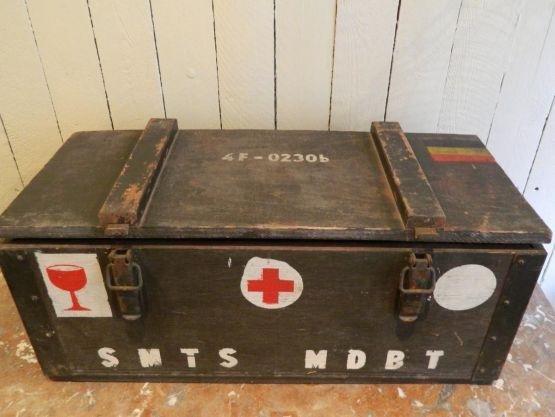 Армейский ящик для медикаментов, ок. 1940 г.