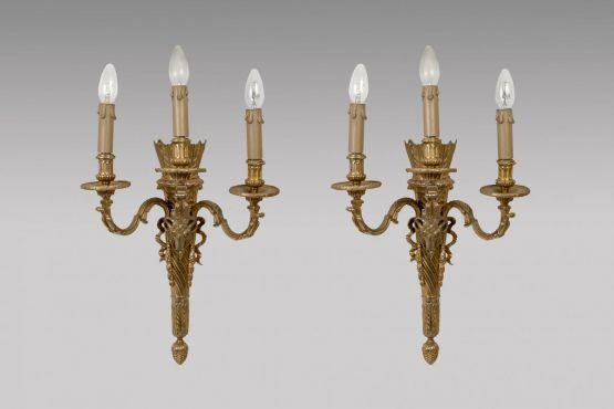 Два светильника в стиле Людовика  XVI, XIX в.