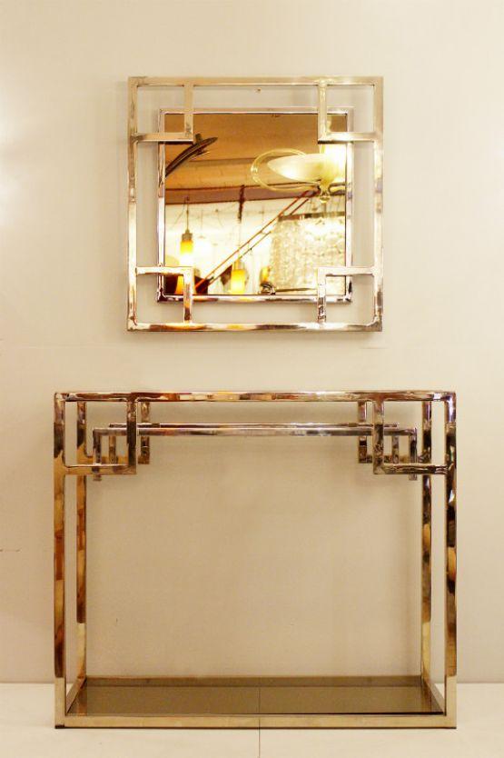 Хромированная консоль с зеркалом