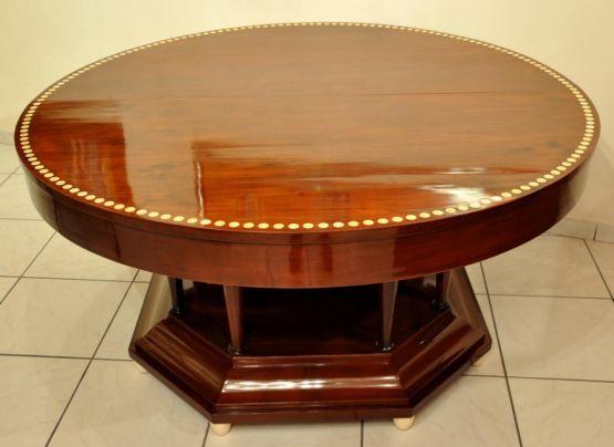 Круглый стол из красного дерева в стиле Ар-Деко