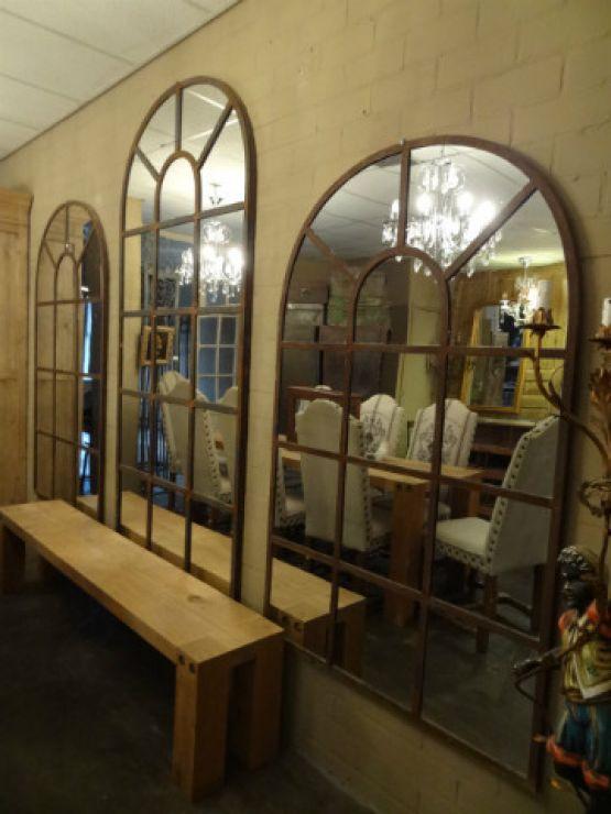 Полукруглые зеркала разных размеров