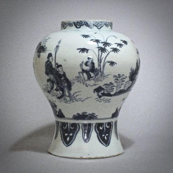 Ваза в китайском стиле. Делфт, конец XVII в.