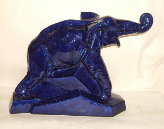 Керамическая статуэтка «Синий слон», XX в.