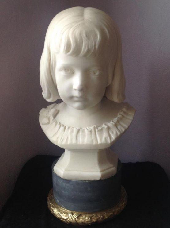 Бюст ребенка из мрамора, Alexander Iven, XIX в.