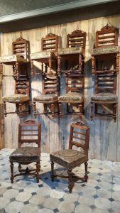 20 стульев из дуба и кожи. Италия, XIX в.