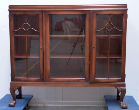 Книжный шкафв стилеЧиппендейл, 1900 г.