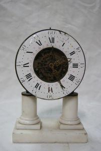 Часы-скелетоны в стиле Людовика XVI, XVIII в.