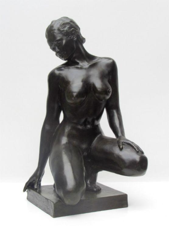 Современная скульптура из бронзы