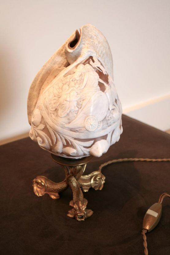 Лампа из морской раковины, XIX в.