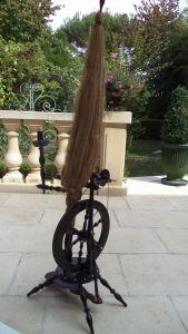 Прялка из черного дерева и слоновой кости, XIX в.
