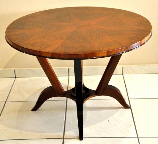 Кофейный столик с маркетри из ореха, 1930-е гг.