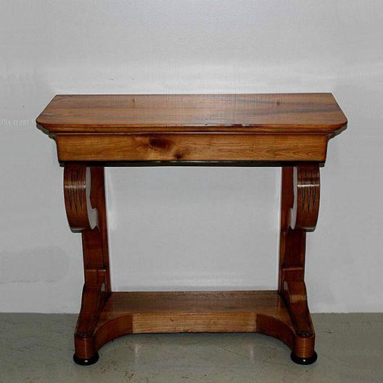 Консольный столик периода Реставрации