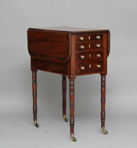 Откидной стол из красного дерева, XIX век