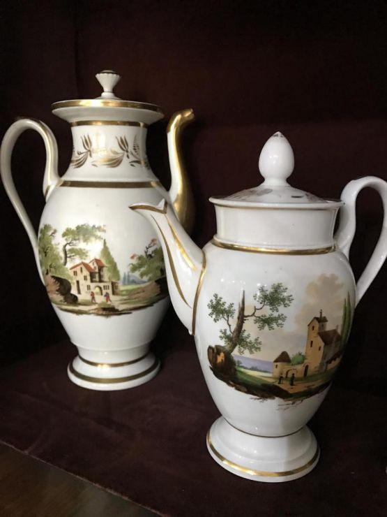 Фарфоровые чайник и кофейник. Франция, XIX в.