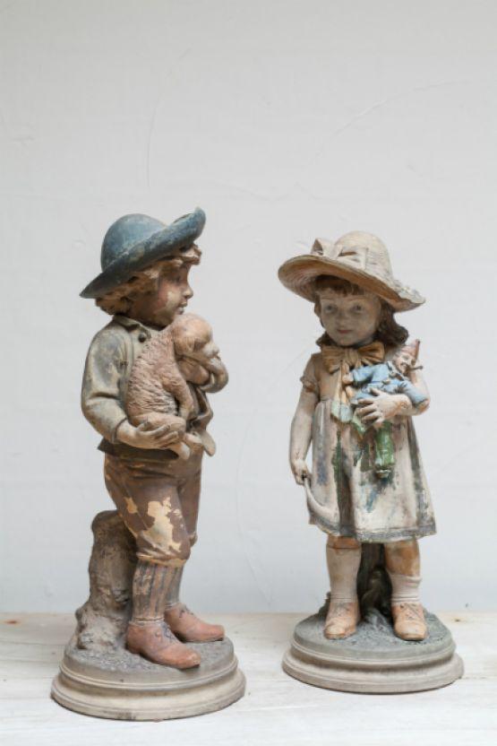 Пара терракотовых статуй. Франция, XIX век