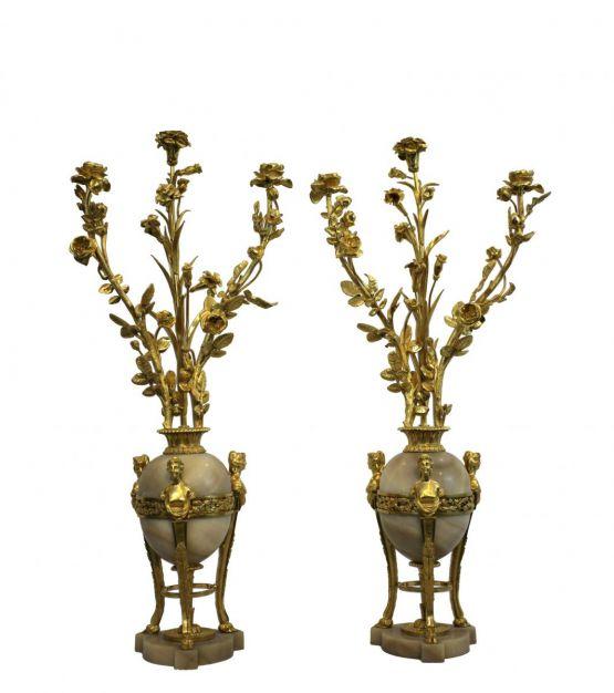 Две вазы из мрамора и позолоченной бронзы, XIX в.