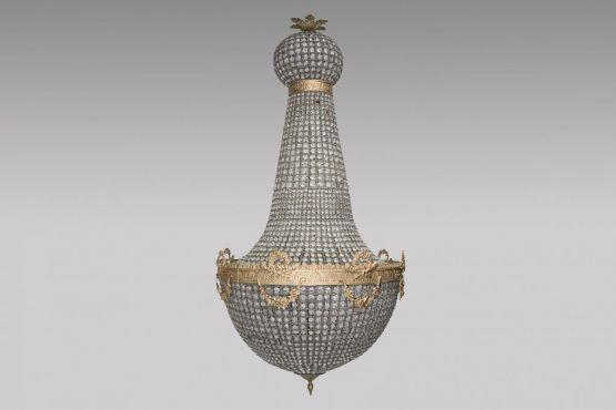 Великолепная люстра-шар, XIX в.