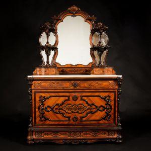 Туалетный столик с маркетри, XIX в.