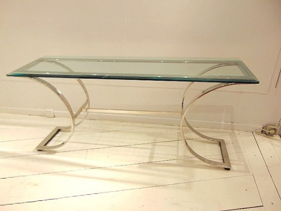 Консольный столик из хрома и стекла