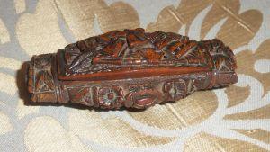 Табакерка из ореха тагуа, XVIII в.