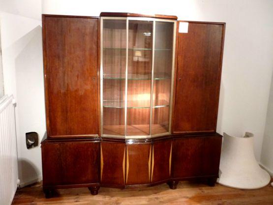 Книжный шкаф в стиле Ар-Деко