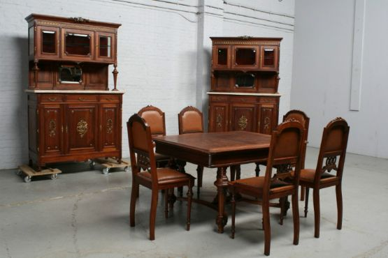 Гарнитур для столовой в стиле ЛюдовикаXVI