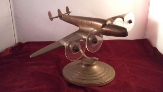 Модель самолета 'Constellation' из бронзы, ХХ в.