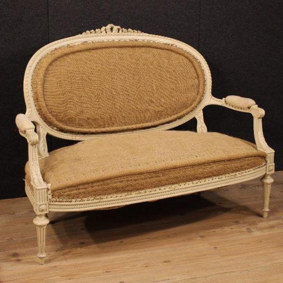 Французская софа в стиле Людовика XVI